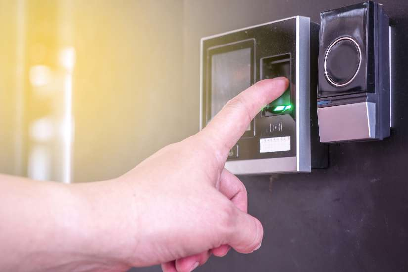 Cómo funciona el sistema de control de accesos por huella digital